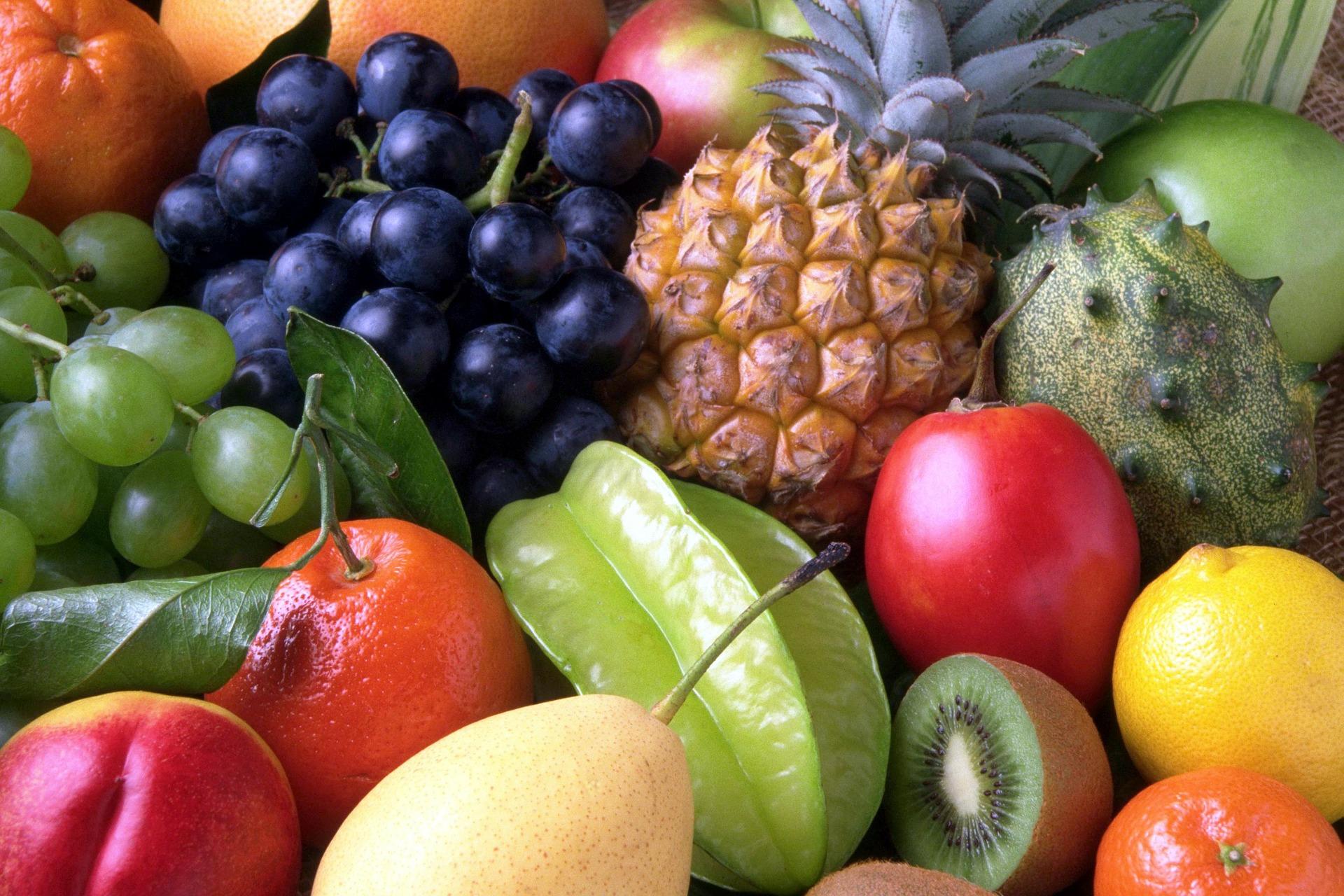 Las Frutas (escritura y pronunciación en árabe) para niños